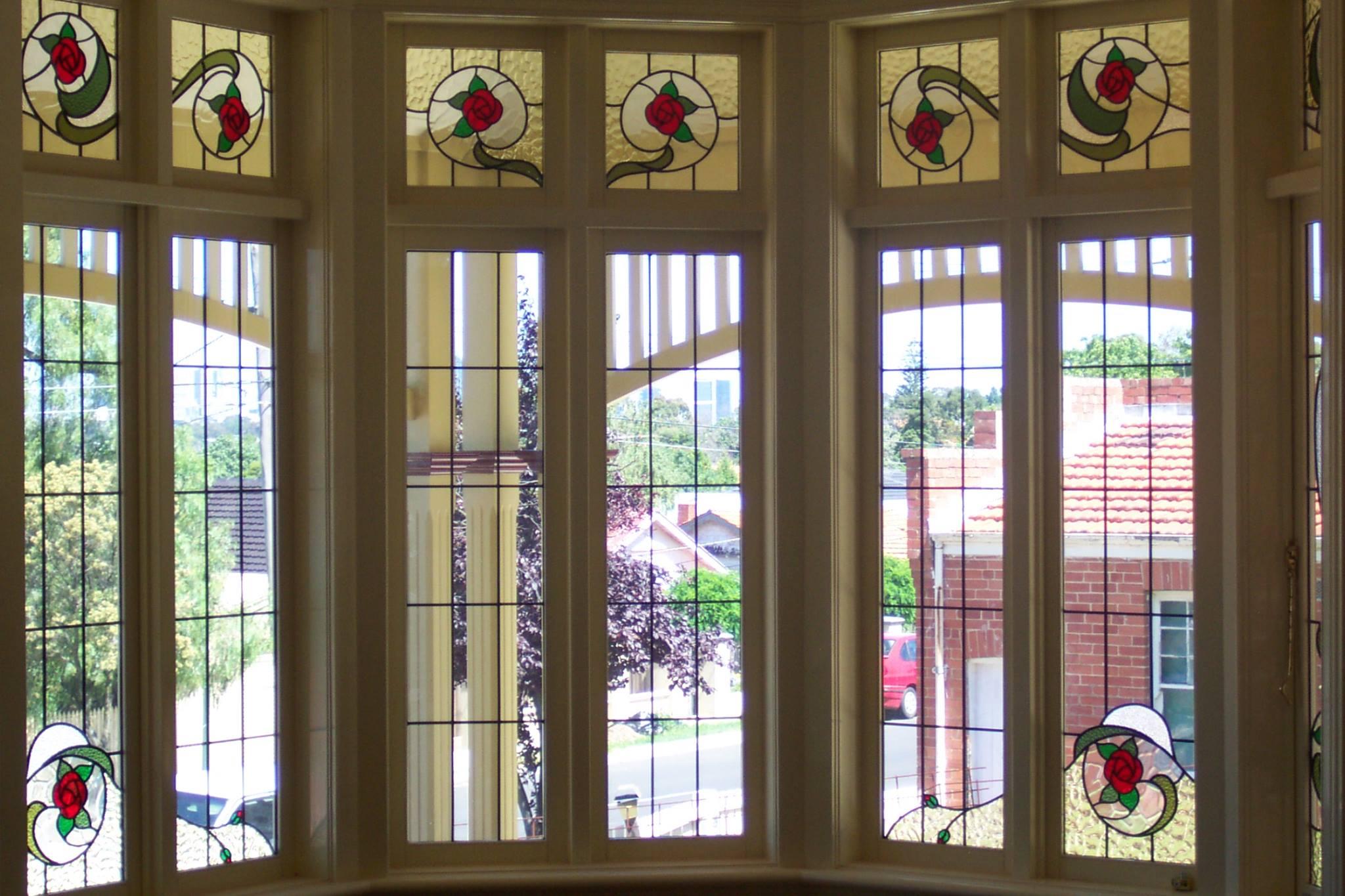 bay window with leadlight
