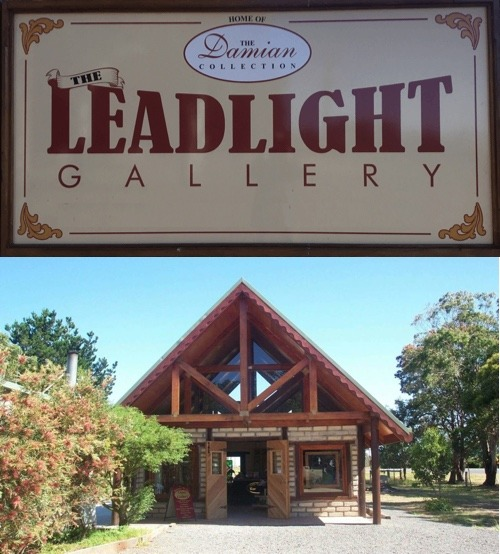 the leadlight gallery sign and shopfront